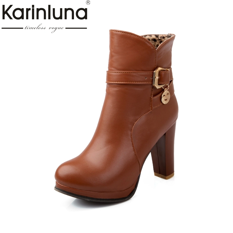 Big Size 34-43 Women Ankle Boots cool Buckle Skid-proof Square High Heels Shoes Woman Autumn Winter Fur Addable platform Boots plus size 34 43 2016 patch color ankle boots thick high heels skid proof platform shoes woman rivets lace up fall winter boots