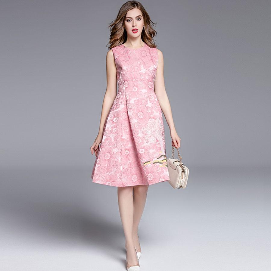 2efbca484a4 Sweet Fairy Dresses Uk Style Slim Sleeveless Green   Pink Jacquard  Beautiful 2018 Summer Fashion Embroidery High end Dress on Aliexpress.com