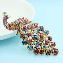 Muy Hermosa de Colores Del Pavo Real Broches Broches Para Las Mujeres Collar Feminino Navidad Brillante Marca de Cristal Austriaco Broche del Pin REINO UNIDO