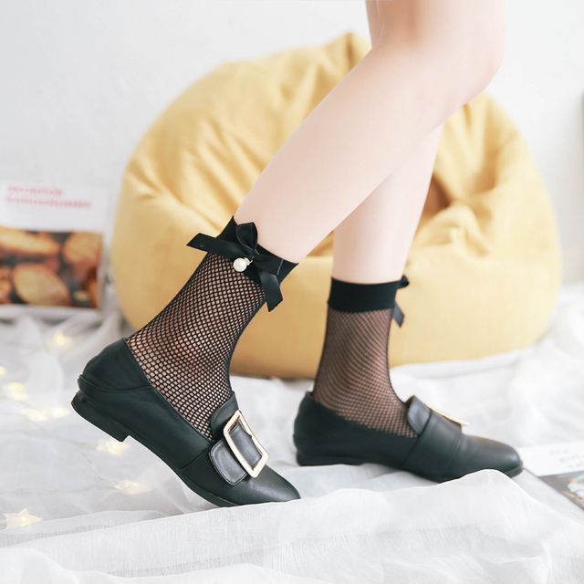 d7e47b3e6639 2017 Short Fishnet Socks Women Solid Black 3d Socks Bow Pearl Design Thin  Funny Happy Socks Woman Ladies harajuku Socks Elegant