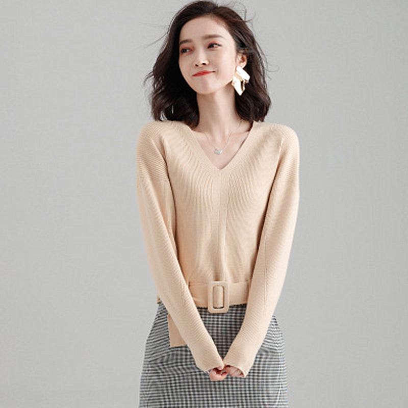 2019 Spring New Korean Version of Chic Small Fragrance Shirt Women's Head Loose Knit Bottoming Shirt Sweater Fashion Trend Loose Price $68.00