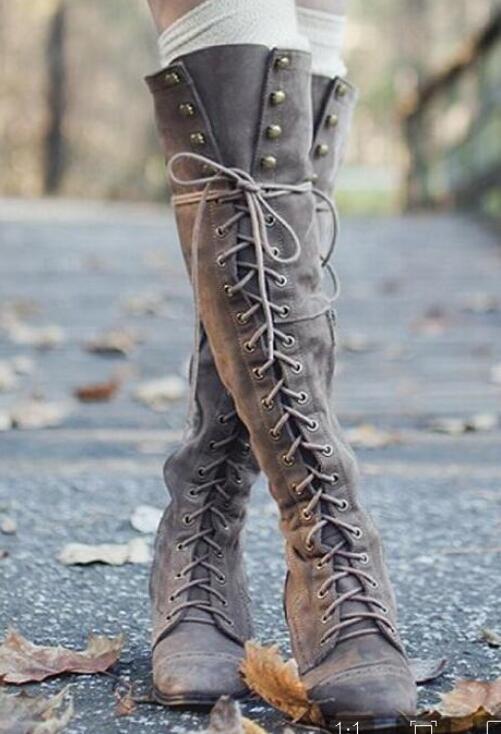 Pisos gris Mujer Sobre Rebaño Goma La Mujeres De Atractivas Invierno Negro Altas Rodilla marrón Botas Cuadrado Tacón Cruzadas T0qY5wH
