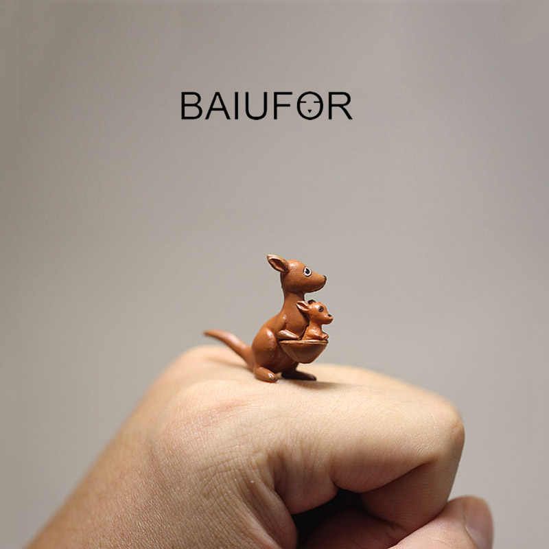 BAIUFOR Miniatures Terrarium Animals Kawaii Kangaroo Model DIY Fairy Garden Decor Succulents Plant Ornament Plastic Crafts