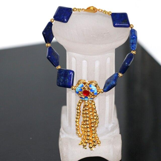 090d25eaf563 Alta calidad encantos azul natural lapislázuli piedra pulseras 12mm  cuadrados granos cloisonné borlas joyería 7