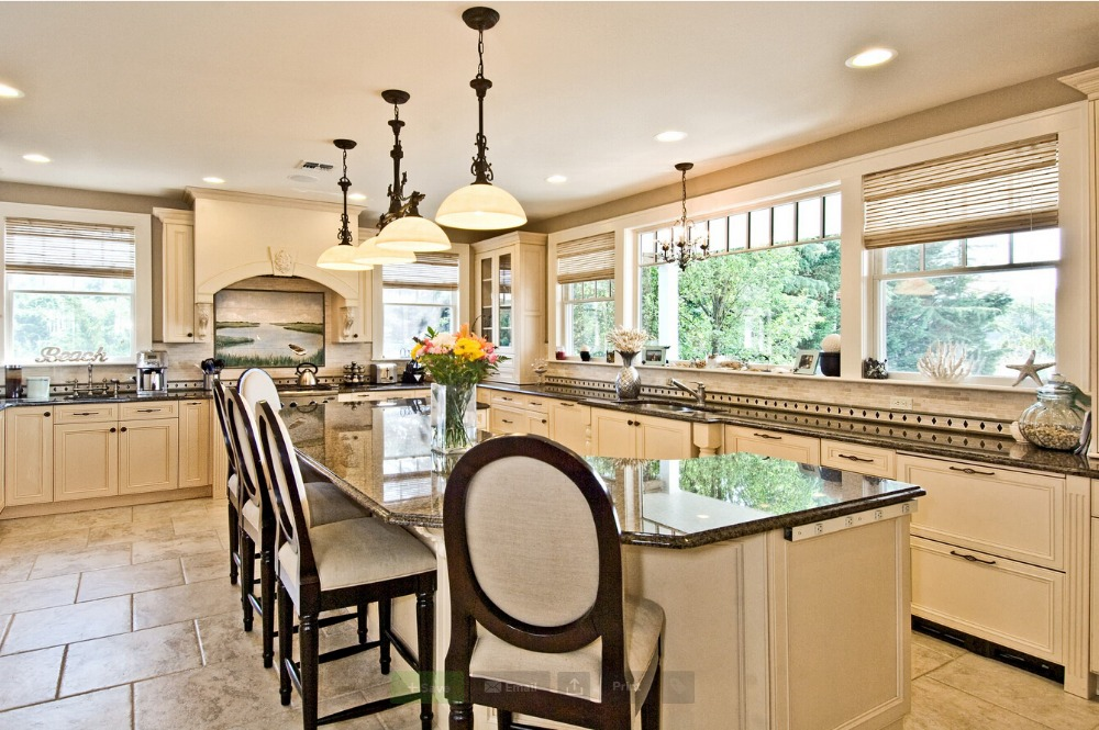 Traditional Kitchens 2017