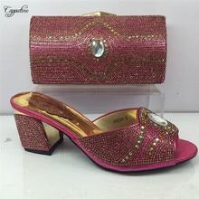 Fúcsia bonito bomba sapatos combinando com saco da noite Africano conjunto com strass para casamento/partido salto GY12 6 cm