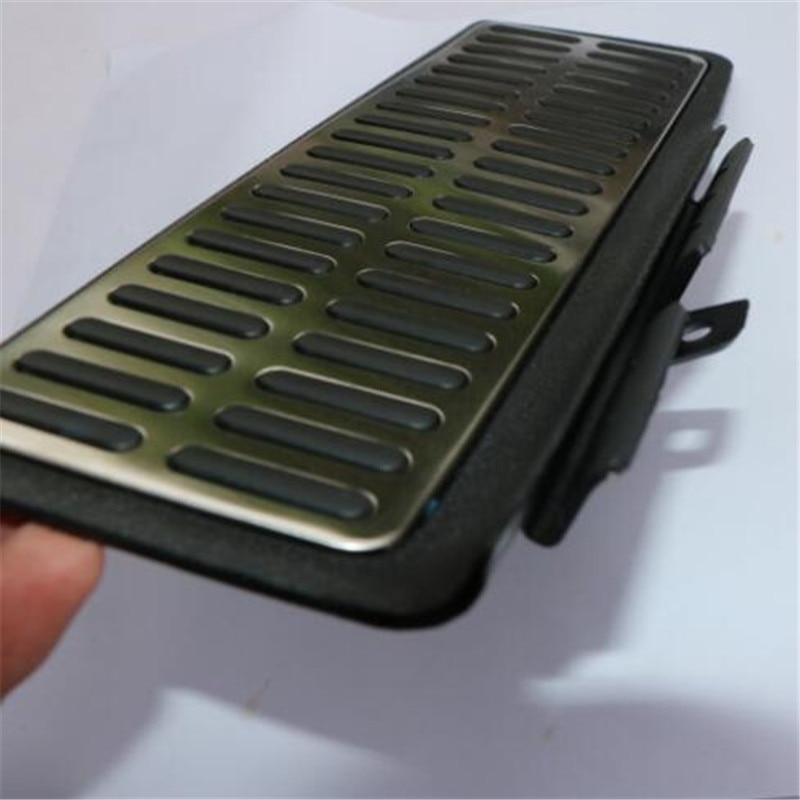 Footrest pedal1