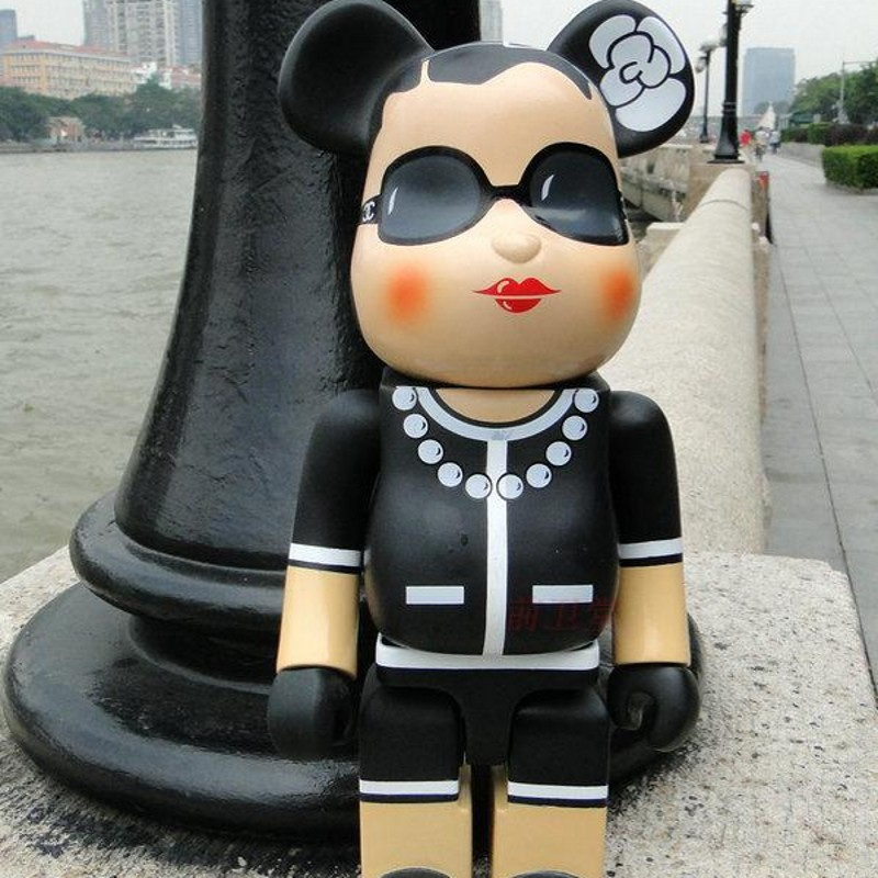 High Quality PVC 28 Cm Cartoon Bearbrick Action Figures New Fashion Gifts Box Anime Model Toys 400% Brinquedos Dj031