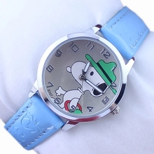 Children's minimalist cartoon fashion Snoopy puppy belt watch factory direct selling hot new child watches