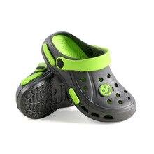 Детские тапочки для мальчиков; пляжные сандалии; летние детские тапочки с отверстиями; домашние шлепанцы для мальчиков; детская Нескользящая повседневная обувь для дома и сада