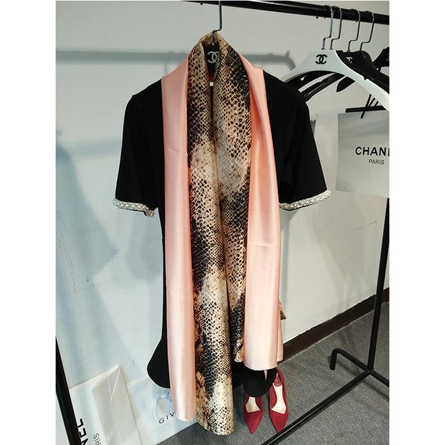 Alta Qualidade e Rosa Cobra Cachecol Leopardo Lenço De Seda Foulard Femme Roupas & Acessórios de Senhora Menina das Mulheres