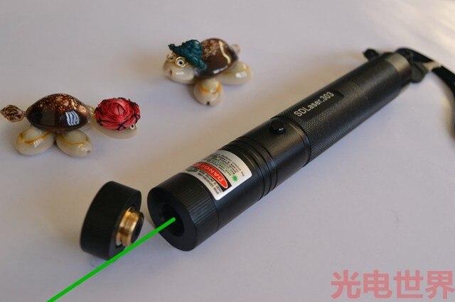 Super Puissant! AAA 532nm 200000m lampes de poche chasse laser vert pointeurs brûler allumette et lumière brûler Cigarettes, laser SD 303