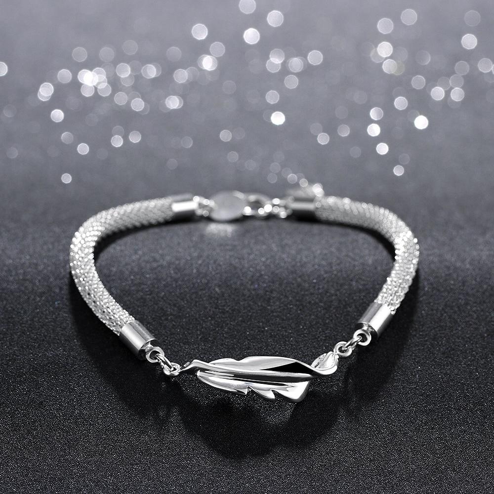 128a4a53f8881 Yeni moda yılan zincirler bilezikler gümüş tüy Charm bilezik ve kadın düğün  nişan takı hediyeler