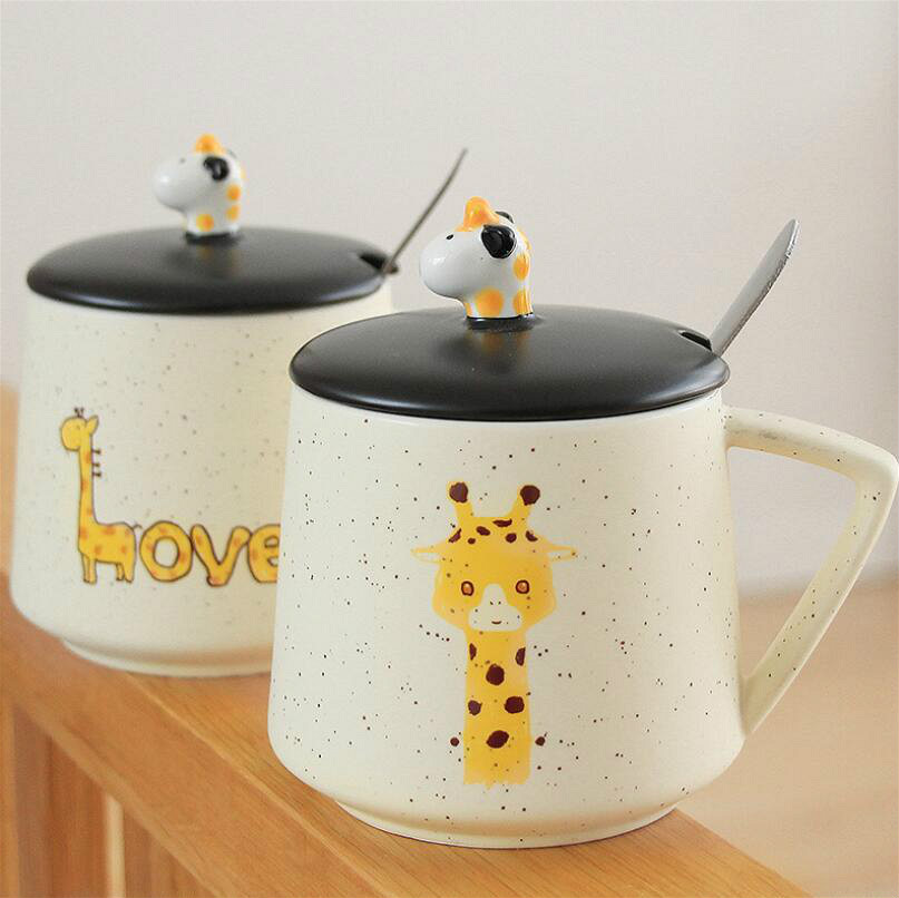 Cute Giraffe Water Cups Ceramic Creative Cartoon Mug With Lid Spoon Fresh And Simple Office Couples Coffee Cup Travel Home Lovly in Mugs from Home Garden