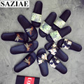 2016 Summer Microfiber Unisex Lovers Sandals Shoes Woman Slip On Flats Casual Slippers Sexy Women Flip-flops For Women Bee Print