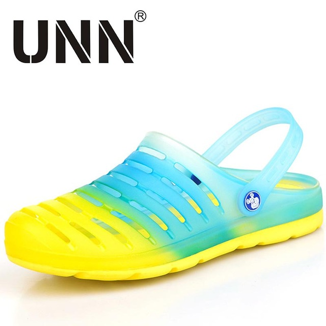 Big Size Summer Clogs for men jelly zuecos sandals comfortable beach klompen hole garden shoes candy color flats