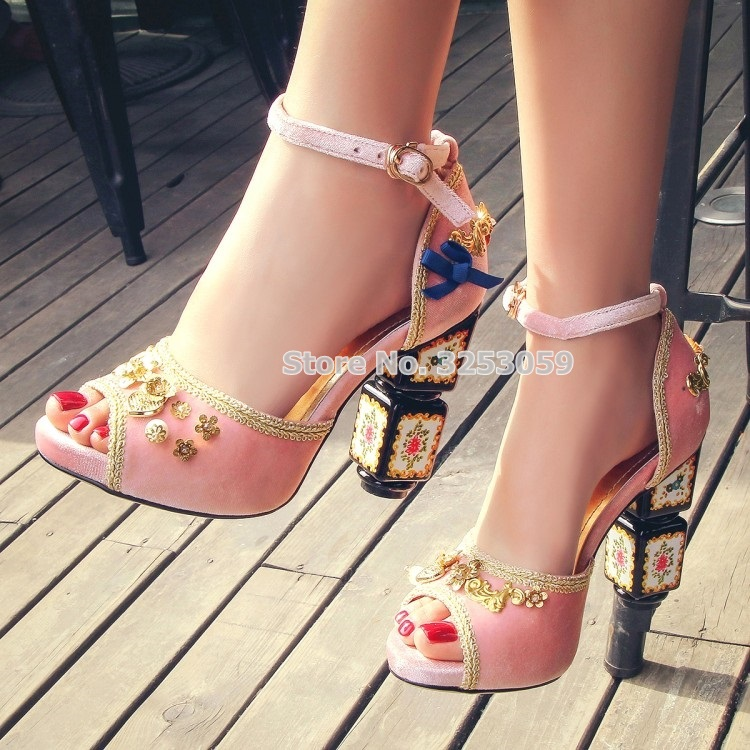 Bohemian Retro Chunky Heel Sandals Luxurious Red Pink Black Velvet Bowtie Shoes Gold Sewing Metal Embellished Pearls Floral Pump tiny rose embellished floral rhinestone barrette
