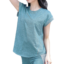купить Summer Curved Hem Yoga Shirt Running Fitness Women T-shirt Tee Top Short-sleeved Gym Loose Blouse sports wear for women gym онлайн