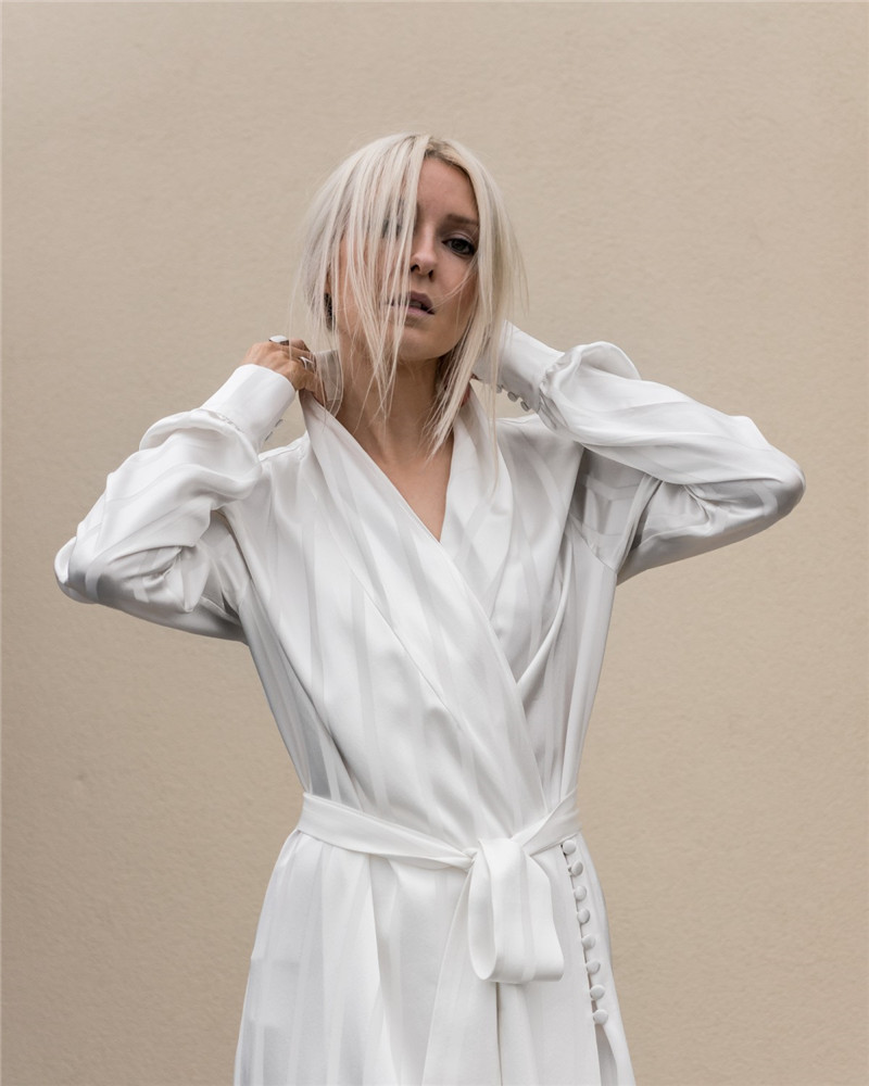 AEL Striped Satin Pajamas Style Loose Women Dress 2018 Celebrity Robe Femme  White Casual   Everyday Essentials ac0fe0d5d7b2