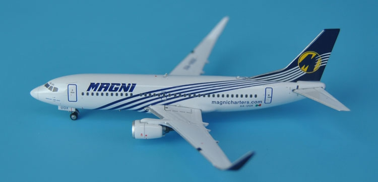 цена  Special offer new Ge iniJets 1: 400 GJGMT1429 MAGNI B737-300 / w XA-UQX Alloy aircraft model Collection model Holiday gifts  онлайн в 2017 году