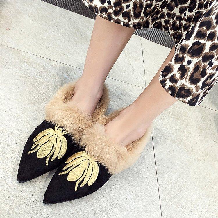 Zapatillas Black Abeja Punta Bajo Piel khaki Bordado Tacón Muller Planos Mocasines 2019 Mujer Imitación De Moda Zapatos Retro qwRvB