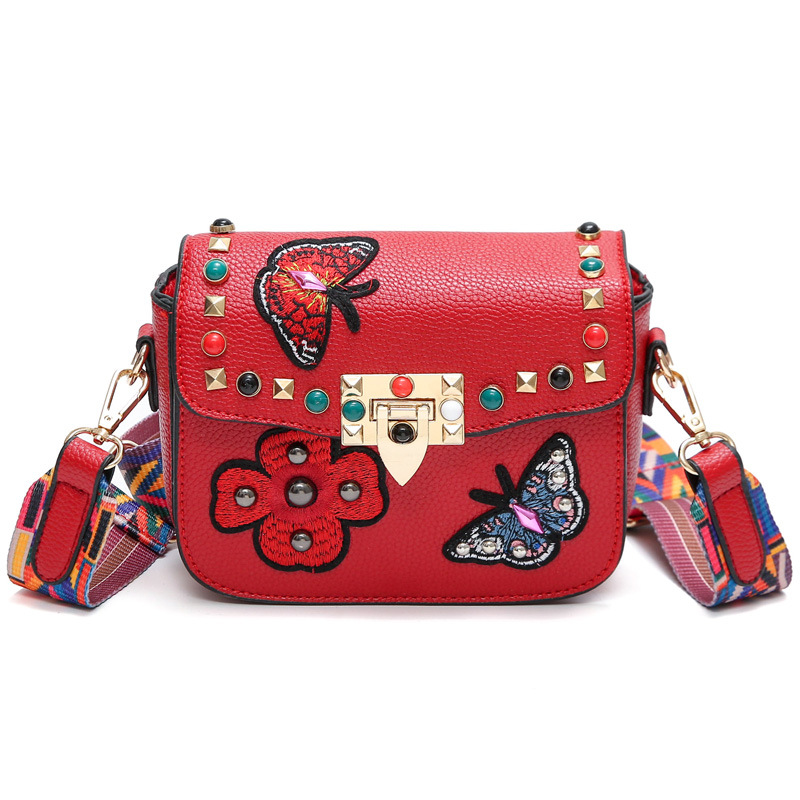 2017 Fashion Embroidery Floral Rivet New Style Women Sling Bag Girls Butterfly Wide Strap Vintage Shoulder Crossbody Hand Bag