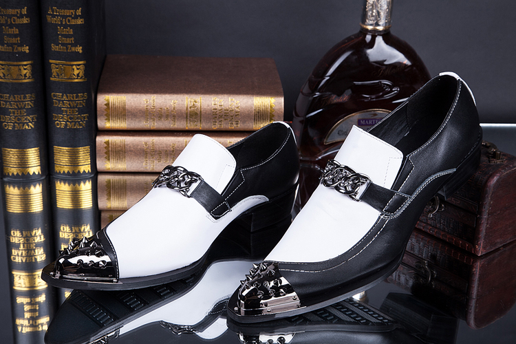 Mens Flats Fashion Brand Designer Dress Shoes Black And White Chain