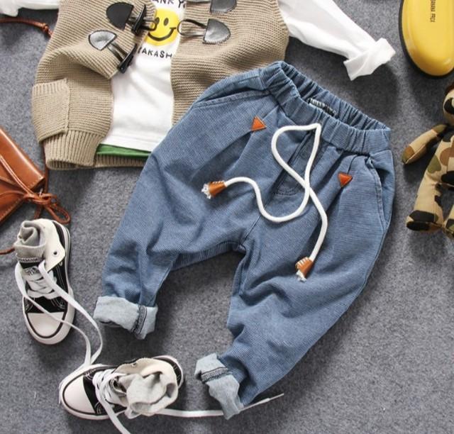 Sólo los pantalones vaqueros 1 unid 2-8Y nueva primavera 2017 de mezclilla chicos de moda los niños de los pantalones vaqueros niños pantalones vaqueros niños pantalones de los muchachos de mezclilla ocasional pant