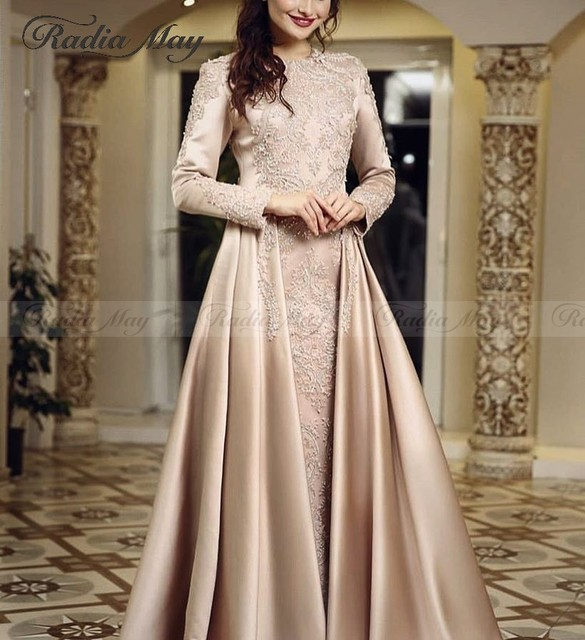 Arabic Long Sleeves Muslim Evening Dress with Long Train Champagne Satin Kaftan Dubai Formal Prom Dresses 2019 Elegant