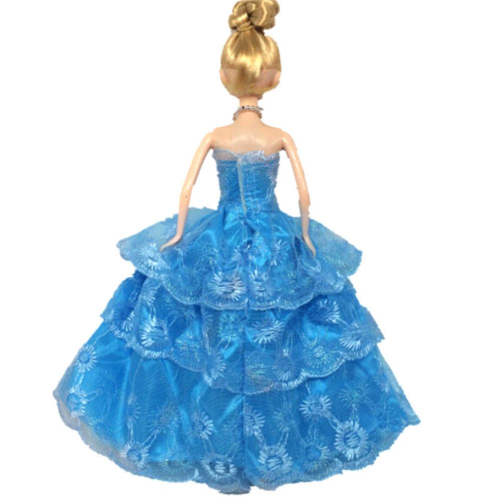 豪華なマルチレースのウェディングパーティードレス人形ドレス刺繍 3 層モデルドレス王女