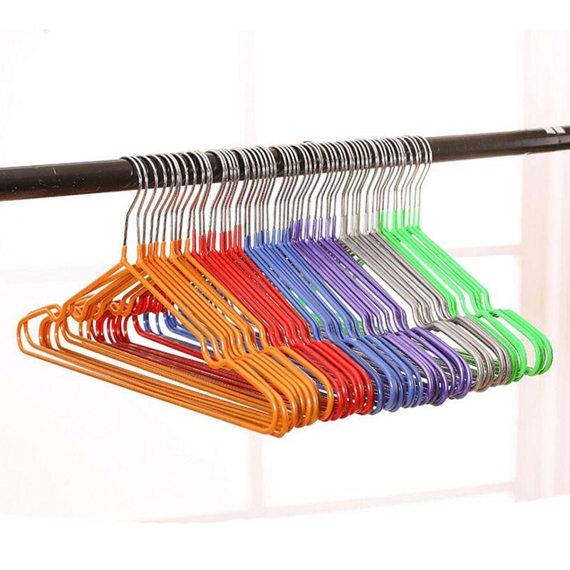 ფერადი მაღალი ხარისხის სქელი PVC დაფარული მეტალის ტანსაცმლის ჩამოკიდებული, კოსმოსური გადარჩენისთვის არასასოფლო მაისურები ჩაცმის ქურთუკები საკიდები (30 ცალი / ლოტი)