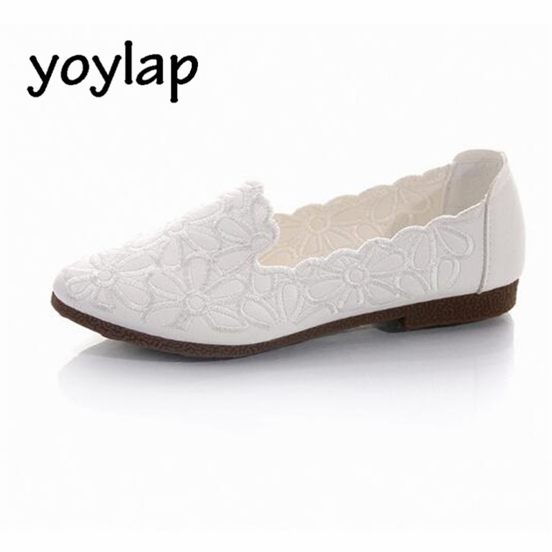 Single shoes female 2018 spring and summer new shallow mouth wild bean comfortable low-heeled flats women's shoes the new spring and summer ms south korea ensure their boots comfortable show female water thin antiskid tall canister shoe