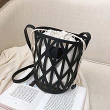Female Crossbody Bags For Women 2019 High Quality PU Leather Luxury Handbags Designer Ladies  Hollow Out Shoulder Messenger Bag high quality pu leather women messenger bags hollow out ladies shoulder totes bag designer female handbags x3130