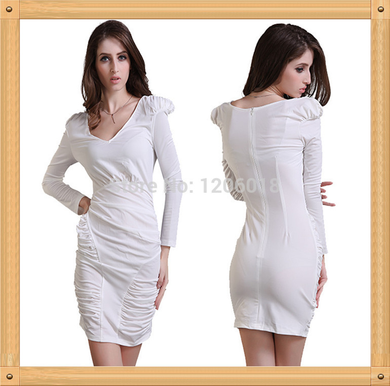 Платье белое цвета мела