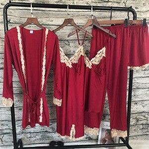 Image 3 - ZOOLIM Mulheres Conjuntos de Pijama com Calça 5 Peças de Cetim Sleepwear Pijama Salão Sono Pijama de Seda Bordado com Almofadas No Peito