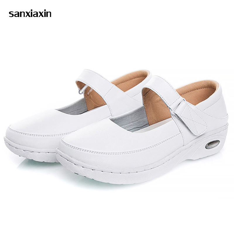 new Nurse Shoes White Slope With Soft Bottom New Female Non slip Breathable Shoes Summer Hospital Nurse Doctor Medical Workwear