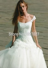 Elegant Lace Overlay Ball Gown Wedding Dresses Sweep Train Off The Shoulder Robe De Mariage With Appliqued AS52