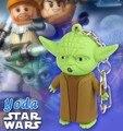 Figuras de Ação Star Wars Yoda som luz LED Chaveiro criativo presente dos desenhos animados pequeno lanterna