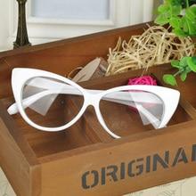 Бесплатная Доставка 2016 Новый Конструктор Cat Eye Glasses Ретро Мода Черные Женщины Очки Рамка Прозрачные Линзы Винтаж Очки(China (Mainland))