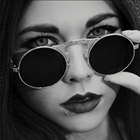2017 Free Postage Burst Section Retro Metal Punk Steam Clamshell Sunglasses Women Brand Designer Vintage
