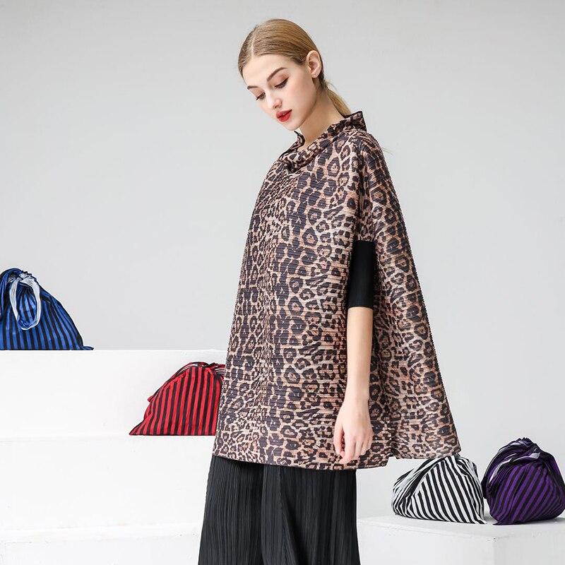 Nouveau Montant Hauts Imprimé 2019 Plissée Marée Col Changpleat T Chart Ample shirts shirt Mode see Miyak See Pour Femme T Femmes Taille Grande Printemps Chart qA0OnE