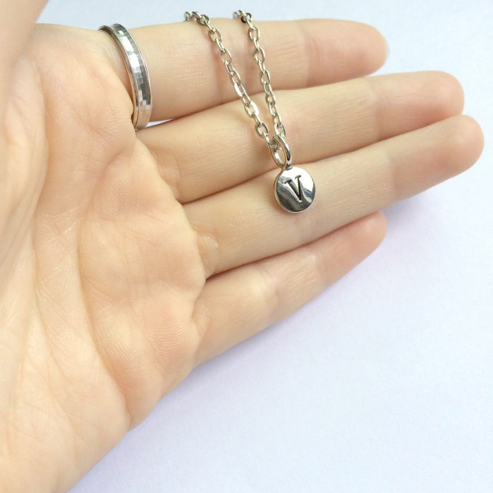 personalized round tiny silver intial charm alphabet letter necklace clavicle chain initial charm necklacechina