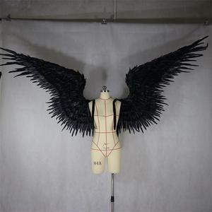 Schwarz feder flügel teufel engel Halloween flügel laufsteg modell große cosplay urlaub partei männer flügel Party Requisiten
