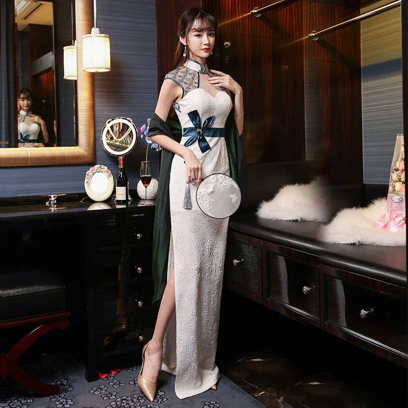 White Traditional Chinese Wedding Gowns Sexy Cheongsam Dresses 2017 Fashion See-through Long Qipao Perspective Robe Orientale