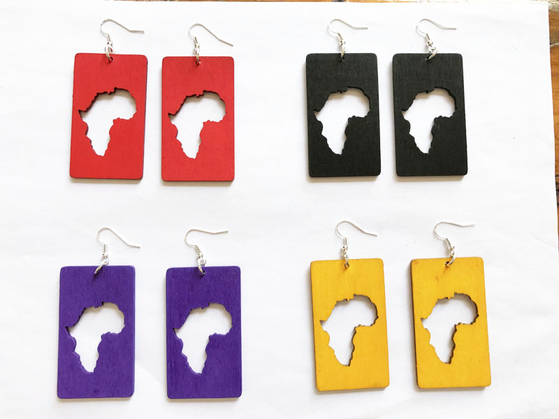 2017 New arrived 4 color Rectangular african map wood earring WE