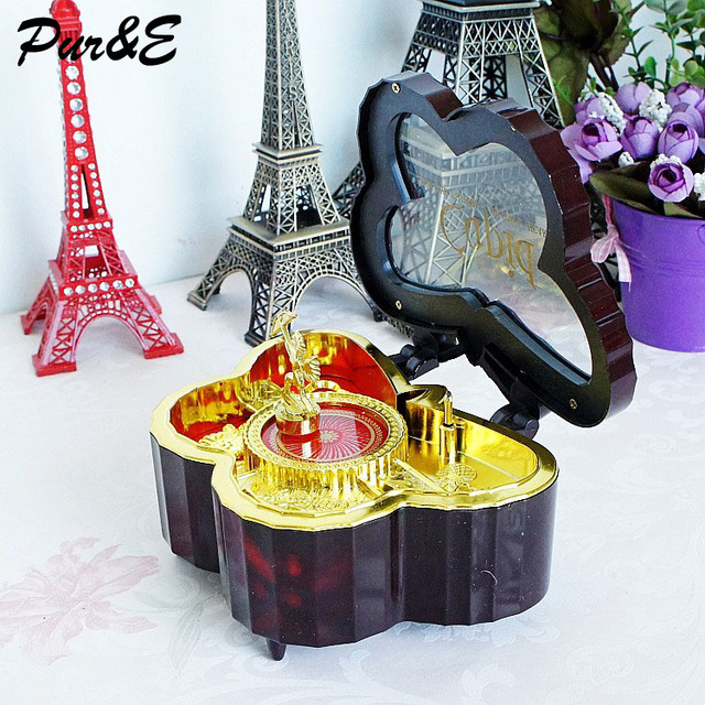 Butterfly Home Decor Accessories 75 Double Heart Butterfly Shape Music Box  For Table Decoration