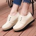 Горячая дышащая кожа повседневная обувь 2016 белый цвет клин тяжелая нижняя платформа качели обувь потеря веса скольжения на