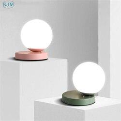 Nordic nowoczesny szklany piłka biały lampa stołowa proste kolorowe żelaza biurko u nas państwo lampy do salonu sypialnia lampki nocne oświetlenie domu oprawa