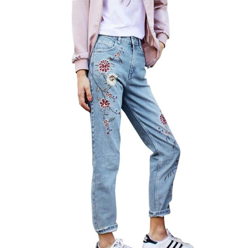 Hot selling women jeans flower embroidery denim pants casual female spring summer slim trousers Jean Femme new brand flower embroidery jeans female blue casual pants capris 2017 spring summer pockets straight jeans women bottom a46