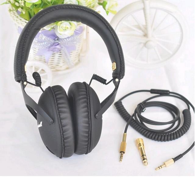 Price Comparisons 8pcs (M-SLB) Triple Flange Soft Replacement Eartips Earbuds Set For Shure SE110, SE112, SE115, SE210, SE215, SE315...